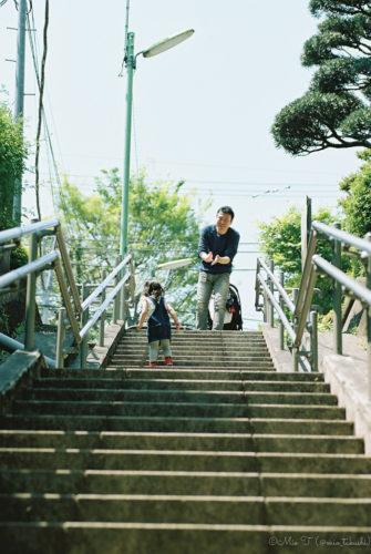 階段とShico(Nikon F2)